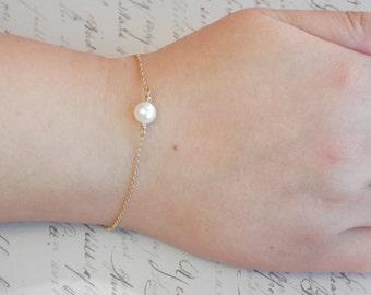 Bridesmaid gift Bridesmaid bracelet freshwater Pearl Bracelet Single Pearl Bracelet-Dainty Pearl Bracelet-Dainty Bracelet-infinity bracelet