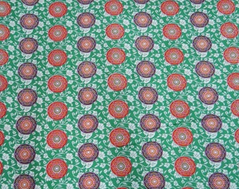"Green Floral Printed Pattern Pure Cotton Fabric With 45"" Wide Designer Dressmaking Sewing Crafting Apparel Fabric Material By 1 Yard ZBC5380"