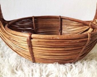 Large vintage basket, foragers basket or fruit bowl, bamboo basket, rustic basket with handle