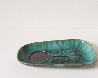 Vintage Blue Mountain Pottery plate, BMP Canada trinket dish