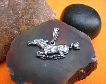 Vintage sterling silver pendant horse