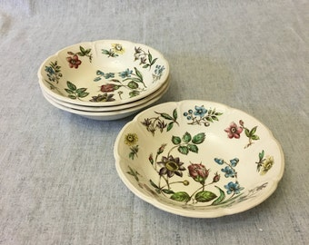 Vintage Johnson Brothers Windsor Ware Wakefield Soup Bowls, Set of 4, Mid Century Dishes