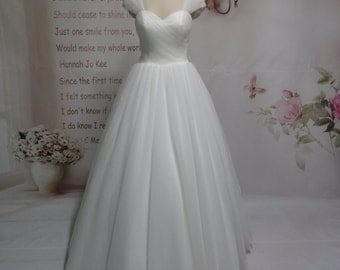 Upscale Custom Made Export High Quality Ball Gown Sweetheart Cap Strpas Illusion Soft Tulle Bridal Gown