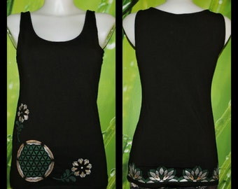 Black hand painted top with life flower and flower pattern, size M
