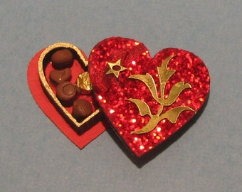 1:12 Dollhouse Miniature Heart Chocolate Box Kit/ Miniature Kit DI CB201