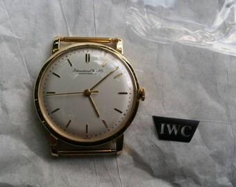 Vintage IWC Schaffhausen 18k Gentlemans Watch
