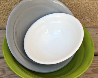 Set of 3 Nesting/Mixing bowls - Neon Green, Bright Grey, Really White