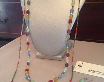 Long  frosted and glass bead  Multicolored 2 part necklace and earring set !
