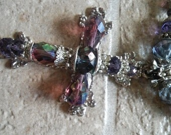 For the fans of crosses necklace
