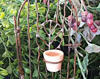 Miniature Metal Garden Gate with Hanging Pot