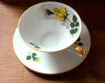 Seltmann Weiden K Bavaria - Porcelain Yellow Rose 147 Teacup and Saucer Collectable