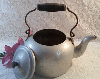 Vintage Wear Ever Aluminum Tea Kettle