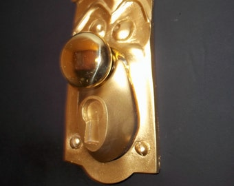 1 Alice In Wonderland Life Size Doorknob Face,Working Movie Prop Door knob Faceplate