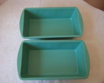 """Set of 2 Bonny Products Pistachio Green Non-Stick Aluminum Loaf Pans - 9"""" x 5"""""""