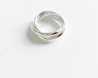 Simple three layered ring