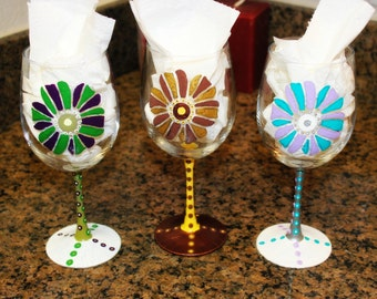 Customized Painted Wine Glasses