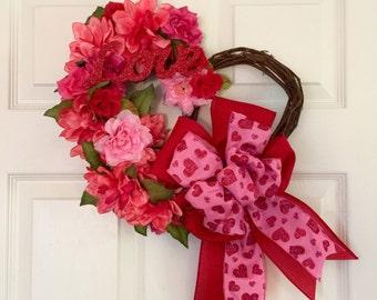 Valentine wreath, modern spring wreath, Heart wreath, valentine grapevine wreath, dahlia wreath, rose wreath, floral grapevine wreath