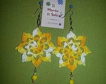 Crochet earrings, cotton thread, yellow glass beads, Lampwork Glass Beads