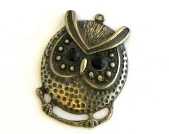 Brass Owl Pendant / Antique Brass Owl Pendant / Owl Pendant