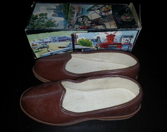 Box shoe years 50 collection and his slippers