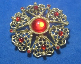 VINTAGE Antique Brooch  with Beautiful Red Jewels