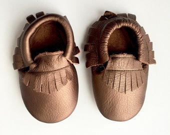 Size 2 Genuine Leather Moccasins, Bronze, Moccasins, Baby Moccasins, Fringe Moccasins, Handmade, Toddler Moccasins, Handmade Moccasin, Brown