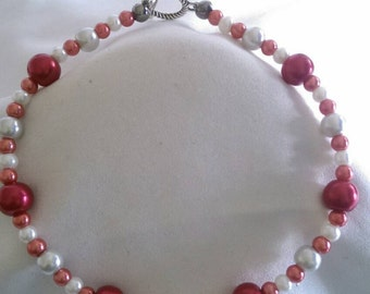 Red/White Pearl Style Bracelet