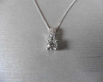 Diamond solitaire pendant 0.44ct