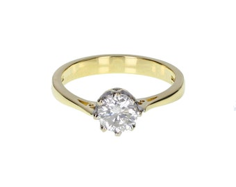 Classic Diamond Solitaire Engagement Ring in 18 Carat Gold