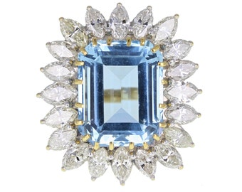 Large Aquamarine and Diamond Cluster Ring in 18ct Gold