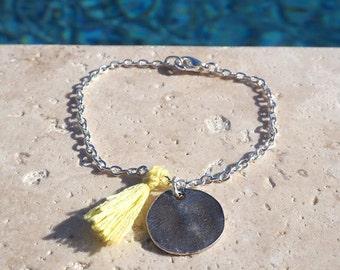 Pomponne charm I Yellow bracelet