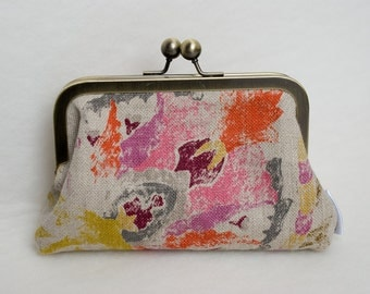 Clasp frame purse floral linen antique bronze colour  frame purse