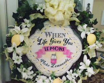 Kitchen wreath, lemon wreath, when life gives you lemons make lemonade,