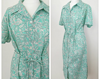 Vintage 1960s green Kay Rose psychedelic paisley shirt dress. Size 16 -18