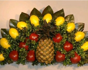 Colonial Williamsburg Style Over the Door / Wall Plaque Base for Fresh Fruit Decoration