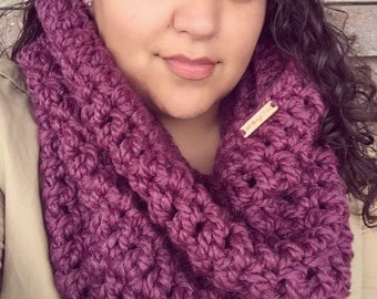 Chunky Oversized Cowl Hood - Crochet Cozy & Thick Scarf