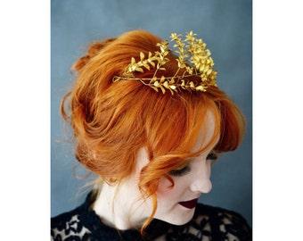 Myrtle Crown Gold Antique, German Bridal Wedding Crown, Golden Myrtle Tiara, Leaf Headpiece, Boutonniere Groom Pin Corsage