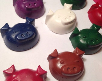 Pig Crayons - Set of 8 - Recycled Crayons - Pigs - Barnyard Animals - Farm Animals - Kids Party Favor - Party Favors -Birthday Party Favors