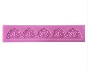 Arch Shape Lace Border Silicone Sugarcraft Mat