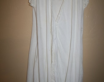 Miss Elaine Vtg Terry Cloth Cover Up Robe White with Lace