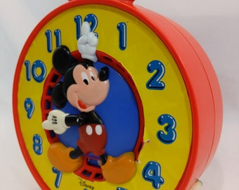 Vintage 1981 Mattel Disney Mickey Mouse Time Telling Pull Toy Clock Learning Time Clock Educational Clock see n say clock