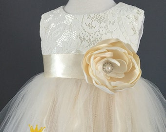 Ivory cream flower girl dress, tulle dress, vintage lace dress, toddler party dress, 1st birthday, baby baptism, christening, pageant dress
