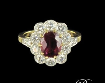 Ring 18K Yellow Gold Ruby diamonds marguerite Platinum 19th modern