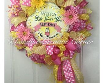 ON SALE!! 15 % OFF!! Lemonade Wreath, Lemonade Deco Mesh Wreath, Summer Wreath, When life gives you lemons, Colorful Deco Mesh Wreath