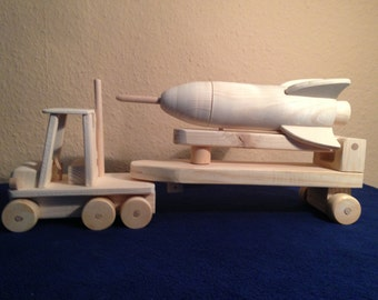 Missile mobile Launcher made of wood