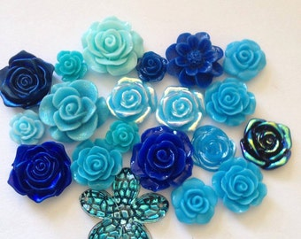 20 Blue random resin flowers  flatbacks  scrapbook embellishment scrapbooking random selection