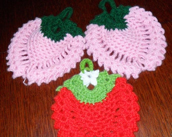 knitted strawberries FREE WORLDWIDE SHIPPING