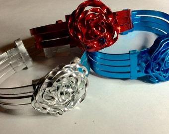 Aluminum rose bracelet