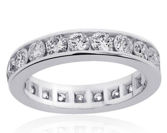 14K White Gold Round Brilliant- Cut Diamond Eternity Band (2.50ctw)