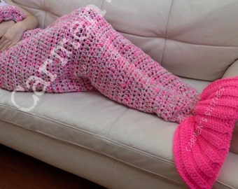 Mermaid tail blanket - all sizes - handmade - crochet - colorful - comfortable - keeps you warm - cocoon - cold days - soft - fish